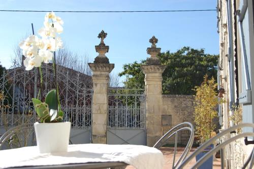 La Belle Lavande : Bed and Breakfast near Beaulieu-sur-Sonnette