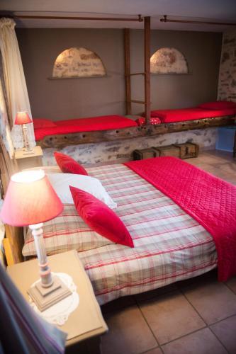 Chambres d'hôtes La Combe de Redoles : Guest accommodation near Cabrerets