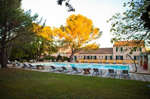 Best Western Le Val Majour : Hotel near Fontvieille