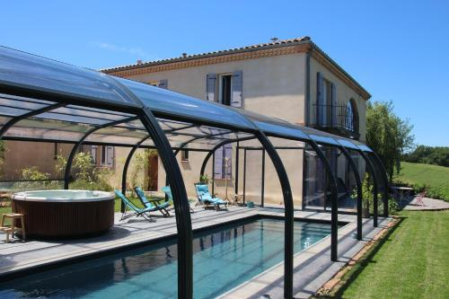 La Grande Oasis - B&B et Spa : Bed and Breakfast near Mézens
