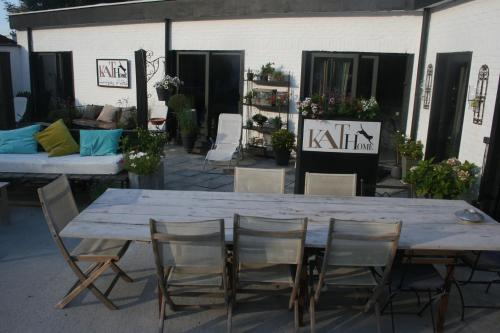 Guesthouse Kathome : Bed and Breakfast near Linselles
