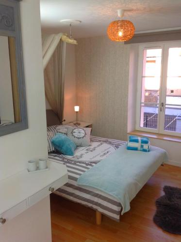 Appartement Triplex : Apartment near Hubert-Folie