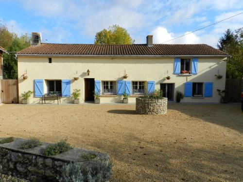 Le Cochon Vole : Guest accommodation near Luzay