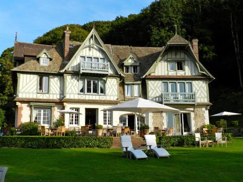 Le Manoir des Impressionnistes & Spa : Hotel near Cricquebœuf