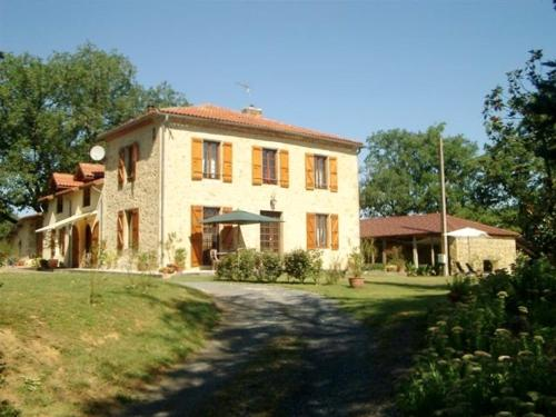 Espasot : Bed and Breakfast near Vic-Fezensac