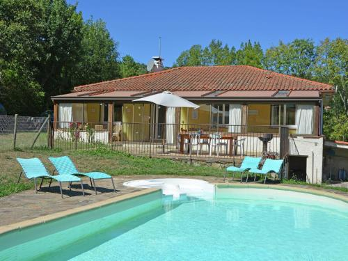 Holiday home Belle Maison Marsal : Guest accommodation near Prunet-et-Belpuig