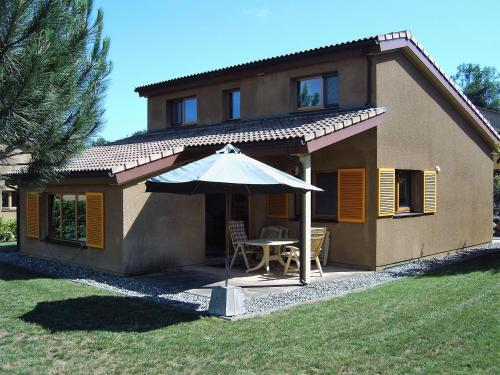 Holiday home Maison Fleurie : Guest accommodation near Saint-Lizier-du-Planté