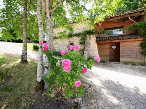Holiday home Chateau D Agen IV : Guest accommodation near Saint-Caprais-de-Lerm
