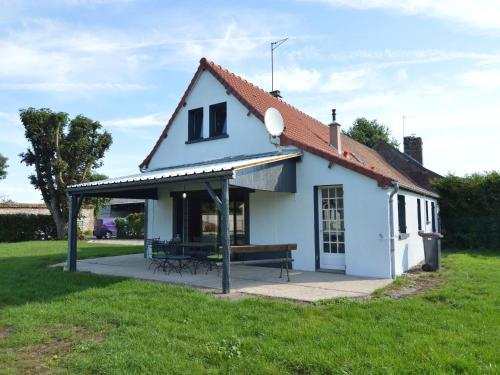 Holiday home Authie : Guest accommodation near Vercourt