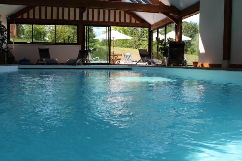 B&B Clos DeValpierre : Guest accommodation near Saint-Pierre-Azif
