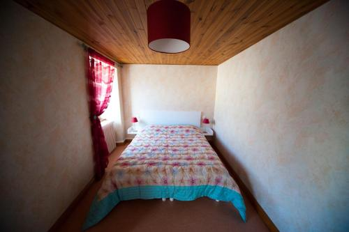 Les Portes De L'Aubrac : Guest accommodation near Espinasse