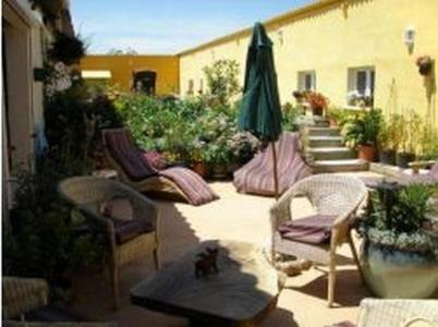 La Pourcatiero : Bed and Breakfast near Escueillens-et-Saint-Just-de-Bélengard