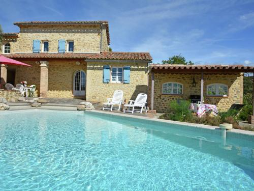 Le Mas Enchanteur : Guest accommodation near Saint-Julien-de-Cassagnas