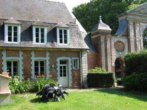 Abbaye St-Andre 7 : Guest accommodation near Hesdin