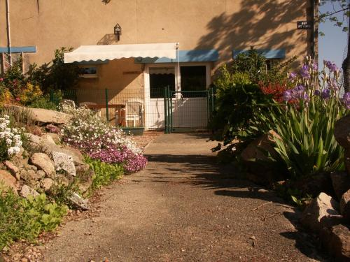 Bouble : Guest accommodation near Ronnet