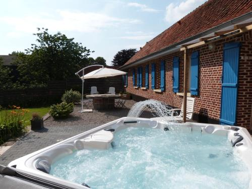La Ferme De Lambus : Guest accommodation near Hesdin