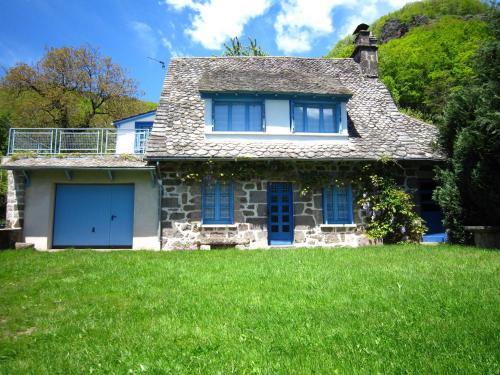 La Maison Bleu : Guest accommodation near Pierrefort