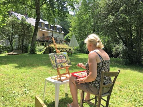 Moulin de la Fayolle : Bed and Breakfast near Saint-Angel