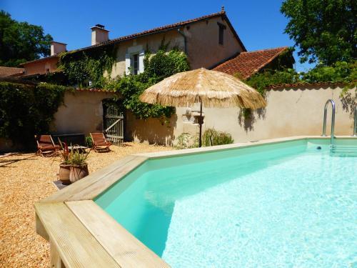 Les Rossignols : Guest accommodation near Saint-Vincent-Jalmoutiers