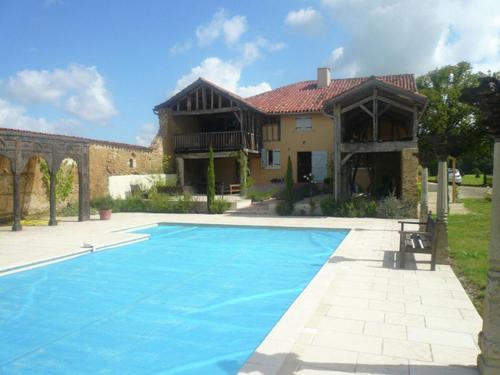 Villa Le Houga : Guest accommodation near Saint-Agnet