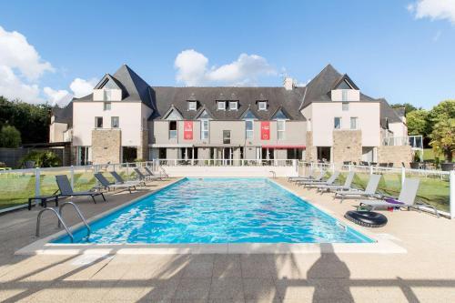 Les Ormes Domaine et Resort : Hotel near Cuguen
