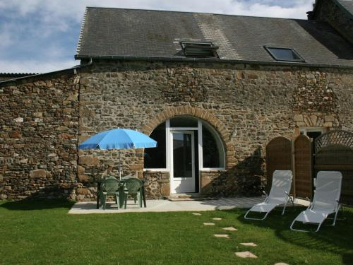 Maison De Vacances - Brainville 2 : Guest accommodation near Saint-Malo-de-la-Lande