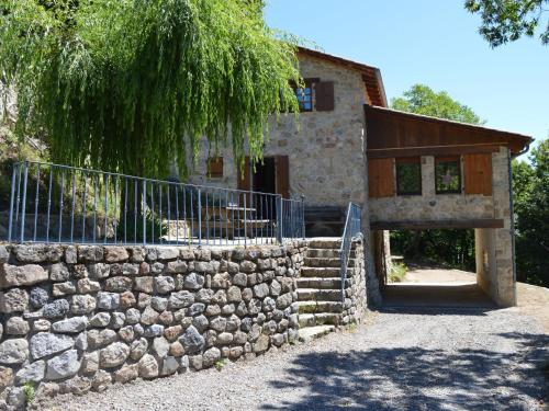 Maison De Vacances - Burzet 1 : Guest accommodation near Le Chambon