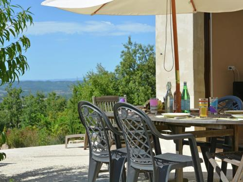Holiday home Mazet de Languedoc et Ardeche : Guest accommodation near Saint-Privat-de-Champclos