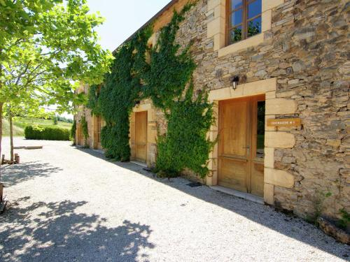 Grange La Guichardie Iv : Guest accommodation near Dussac