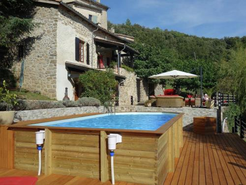 Duniere-Sur-Eyrieux : Guest accommodation near Saint-Michel-de-Chabrillanoux