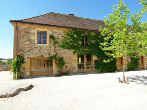 Grange La Guichardie Iii : Guest accommodation near Saint-Martial-d'Albarède