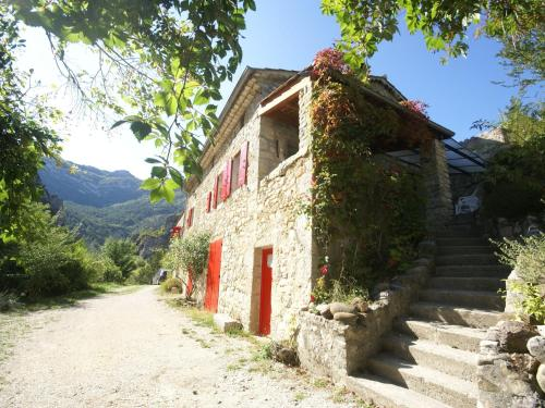 Maison De Vacances - Cornillon-Sur-L Oule : Guest accommodation near Rosans