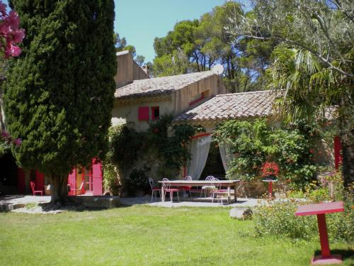 Villa - Mornas : Guest accommodation near Lamotte-du-Rhône