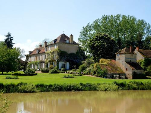 Holiday Home Marcoult : Guest accommodation near Saint-Saulge
