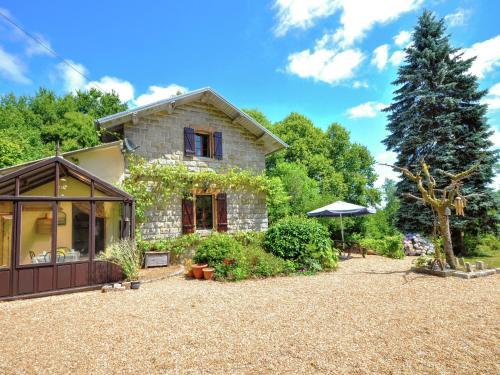 Holiday Home Le Seigneur Des Bois Pres De La Dordogne : Guest accommodation near Firbeix