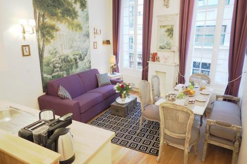 Louvre Opera Private ChicSuites : Apartment near Paris 9e Arrondissement