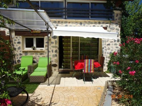 Gîte du lac : Guest accommodation near Boisset-et-Gaujac