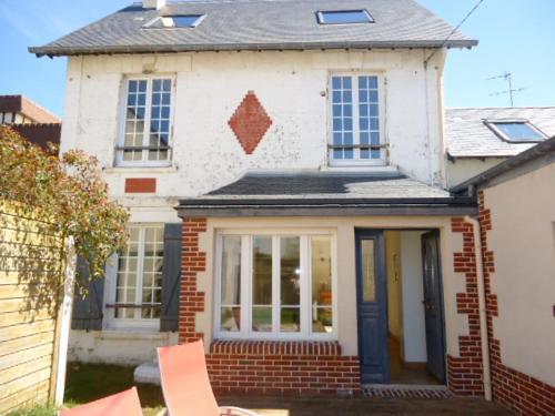 Villa Malendin : Guest accommodation near Tourgéville