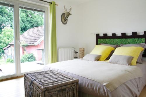 Chambres d'hôtes Souffle Nature : Bed and Breakfast near L'Isle-sur-le-Doubs