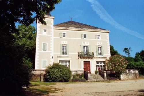 Hôtel du Château de Cabrières : Hotel near Saint-Bonnet-de-Salendrinque