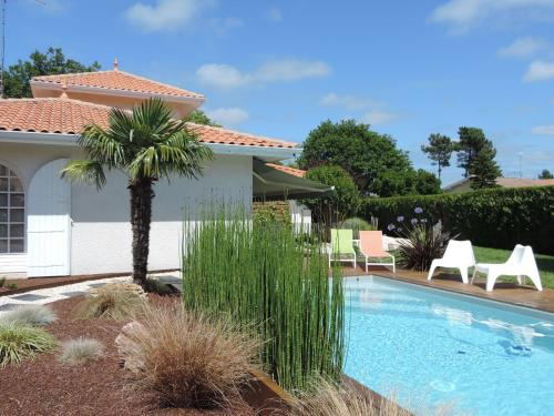 Villa Surcouf : Bed and Breakfast near Andernos-les-Bains
