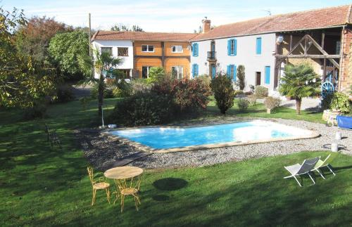 Au Peïmarti : Bed and Breakfast near Antin