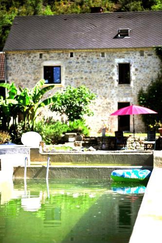 Gite Blagour at les pieds dans l'eau : Guest accommodation near Lachapelle-Auzac