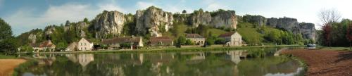 Le Roches de Merry : Bed and Breakfast near Crain