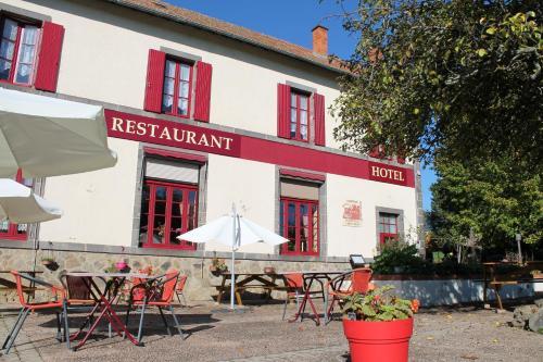 Auberge du Château : Hotel near Saint-Priest-d'Andelot