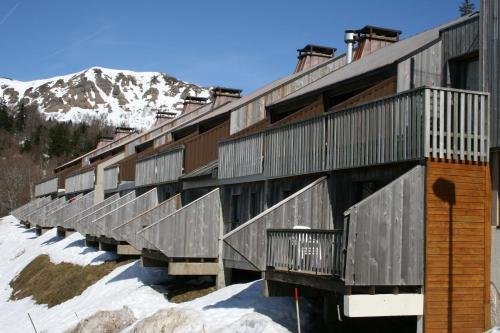 VVF Villages « Le lioran Font de cère » Le Grand Lioran : Guest accommodation near Pierrefort