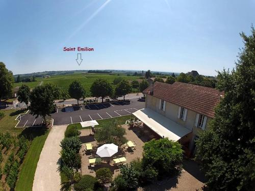 Les Marronniers : Guest accommodation near Saint-Christophe-des-Bardes