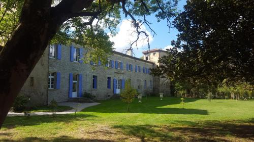 Château de Verdalle : Bed and Breakfast near Lagarrigue
