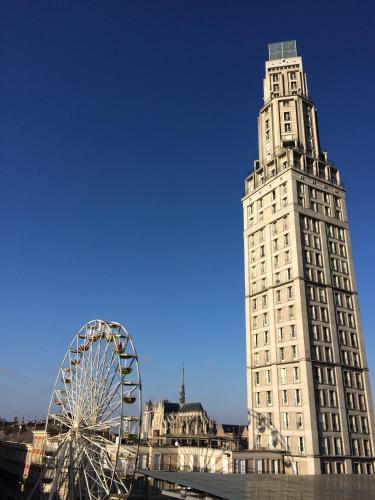 Le 360° TOUR PERRET Panoramique LUXE 19E étage : Apartment near Béhencourt