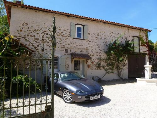 Maison Margalide : Guest accommodation near Izaux